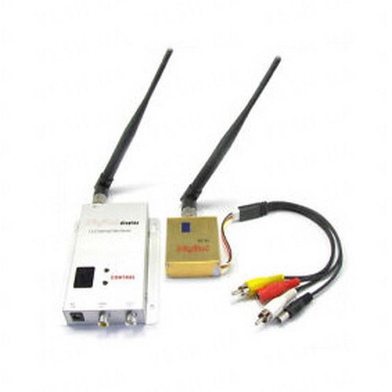 8-ми канальный 1.2 Ghz комплект беспроводной передачи видеосигнала со звуком, мощностью 700 mW, дальностью передачи до 700 метров (модель FOX-700A)