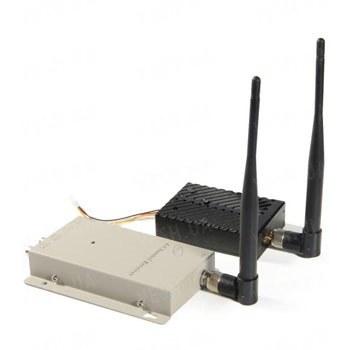 Мощный 4-х канальный 5 W комплект беспроводной передачи видео на частоте 1.2 Ghz на расстояние до 3000 метров (ТХ 5000 А)