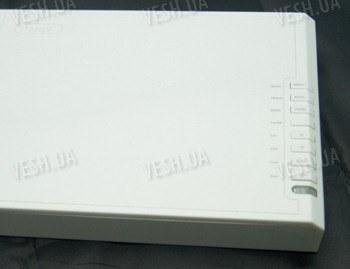 Отдельный универсальный 4-х канальный USB приёмник - ресивер для беспроводных радио видеокамер 2.4Ghz c одновременным приёмом всех 4-х камер c USB и AV выходом (модель WCR-2418)