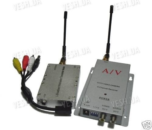 4-х канальный 4 W комплект беспроводной передачи видео на частоте 1.2 Ghz на расстояние до 2500 метров (ТХ 4000 А)
