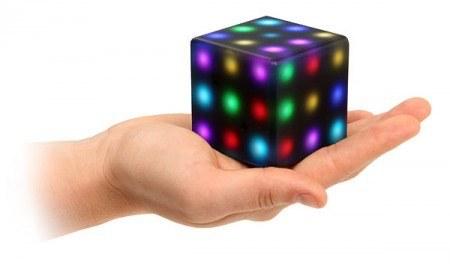 Futuro Cube — игрушка для взрослых и детей из будущего