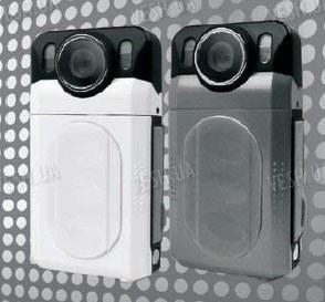 Автономный 8-ми мегапиксельный H.264 портативный мини видеорегистратор с 1080P качеством записи (модель F200HD)