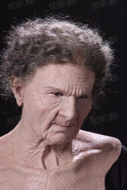 """Реалистичная Маска """"Old Woman"""""""