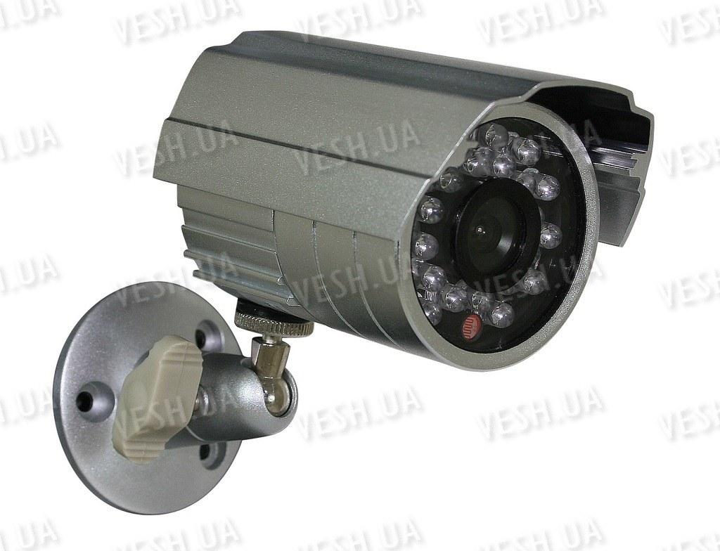 Уличная влагозащитная CCTV цветная охранная камера видеонаблюдения Sharp 1/4, 420TVL, 0 LUX, ИК до 20 метров (модель NCMS23)