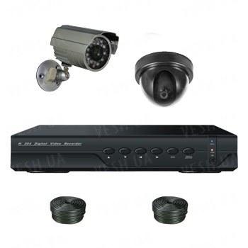 Супербюджетный 2-х камерный готовый универсальный комплект видеонаблюдения для самостоятельной установки (1 внутренняя + 1 уличная камеры)