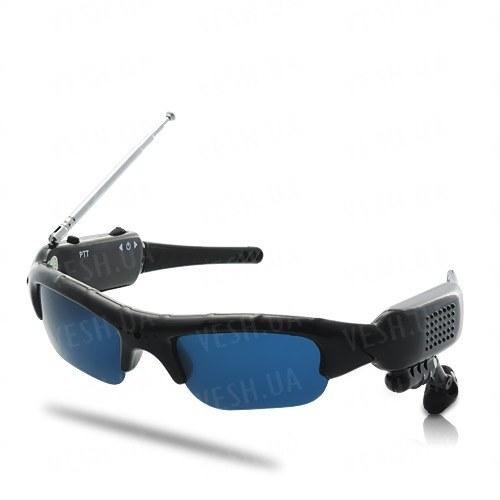 2 х солнцезащитные очки со встроенной рацией с радиусом действия до 500 метров и возможностью одновременной работы до 8 человек (мод. SWT-500)