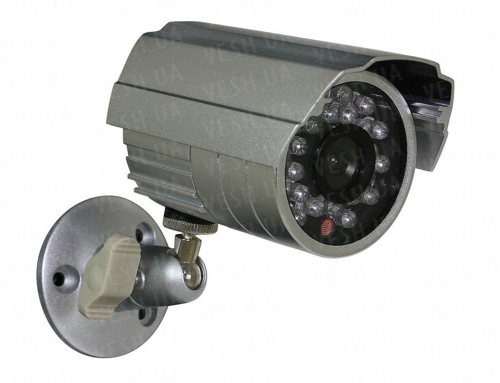 Уличная влагозащитная CCTV цветная охранная камера видеонаблюдения 1/3 CMOS, 600TVL, 0 LUX, ИК до 20 метров (модель LICE24)