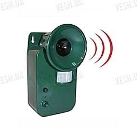 Мощный уличный влагозащитный ультразвуковой отпугиватель животных с детектором движения (модель USR-150)