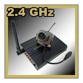 Комплект из беспроводной аналоговой МИНИ радио видеокамеры на 2.4 Ghz + приёмник видеосигнала (на выбор), дальностью до 250 метров (модель CRP-208N), фото 1